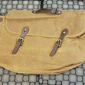 Amazing messenger bag.